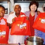 2014 Thandi, Mildred en Agnes hier saam met Reinetta se baie dankie